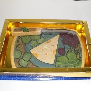 Planche à fromage avec son couteau